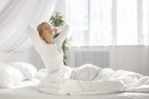 Wenn die Bettdecke zu schwer ist… Tricks und Produkte, mit denen das Früh-Aufstehen angenehm wird