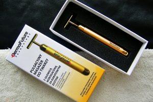 Ein Massagestab fürs Gesicht mit Gold von DermoFuture