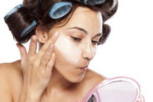 Gesichtsoval mithilfe vom Make-up verbessern – Tipps und Tricks
