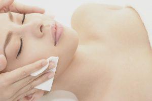 Wie entfernen Sie die Hautverfärbungen? Chemisches Peeling und seine Wirkung
